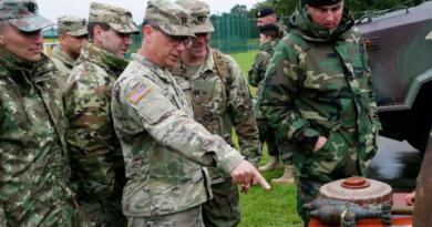 Александр Хроленко.Киев свято верит во вторую Крымскую войну .Почему украинско-американские учения Rapid Trident угрожают Европе